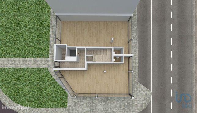 Loja - 66 m²