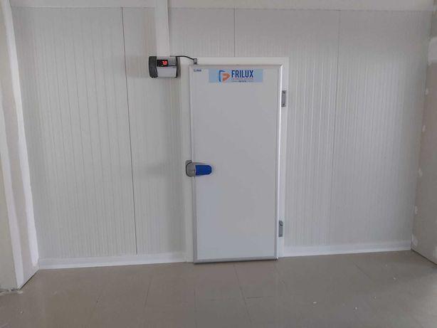 Câmara frigorífica usada