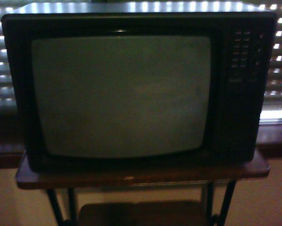 Televisão Radiola Color