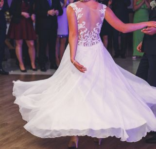 Suknia ślubna rozm.38