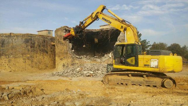 Kucie Betonu Rozbiórki Młot Wyburzeniowy Wynajem Koparki