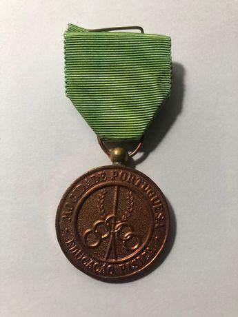 Mocidade Portuguesa Medalha de Merito em excelente estado