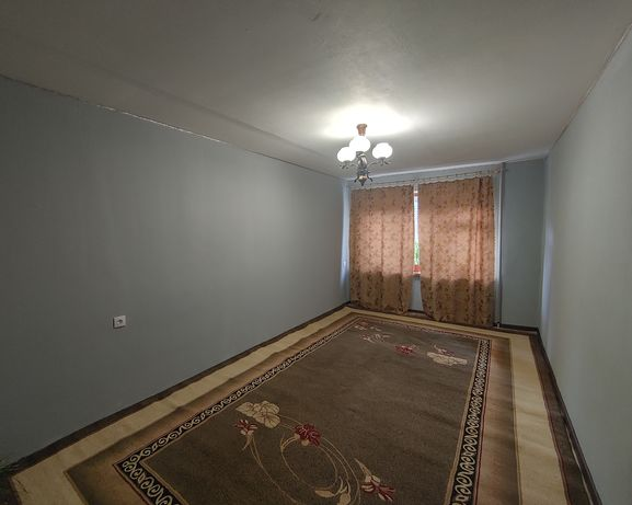 Продам 3-х  комнатную квартиру  Тополь 1