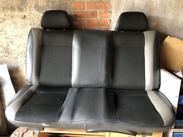 Продам задні сидіння