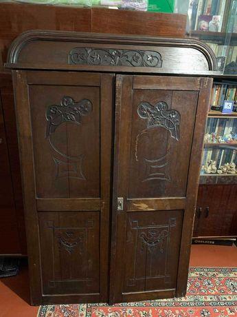 Продаются двери от старинного шифоньера
