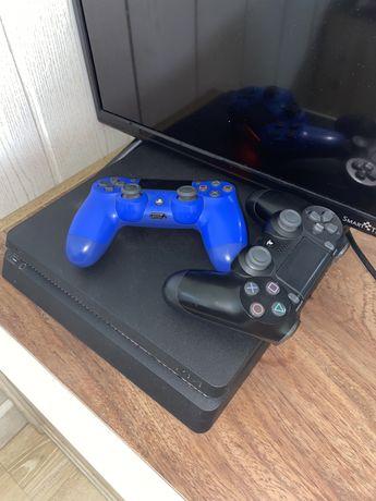 Vendo PS4 com 2 comandos e jogos ja instaldos!