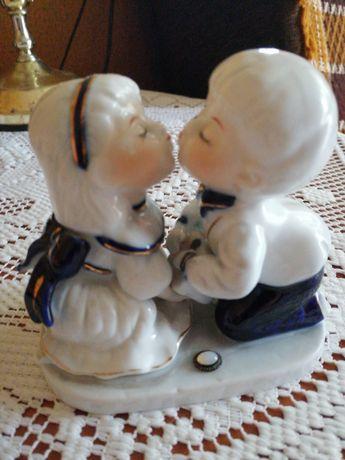 Figurka porcelanowa Pocałunek cena z przesyłką