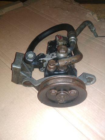 Pompa wspomagania Audi 100 c3
