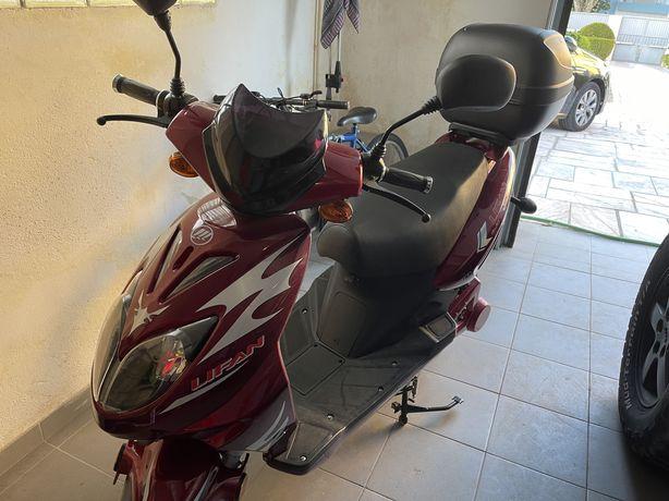 Moto 50 Electrica Lifan
