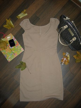 Платье бежевое, платье