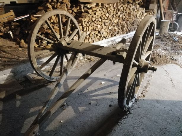 Stary wóz konny*przód* ładny stan