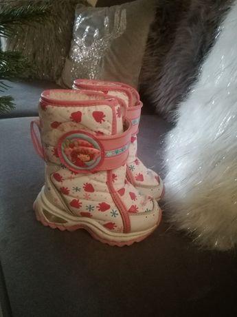Kozaki/ śniegowce/buty zimowe 22