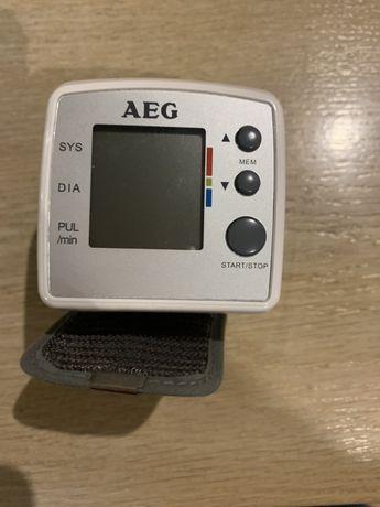 Ciśnieniomierz nadgarstkowy AEG