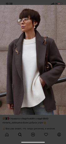 Продам пиджак пальто uniqlo размер м/л большемерит