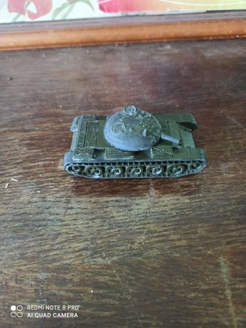 Танк, модель изготовлена в ссср