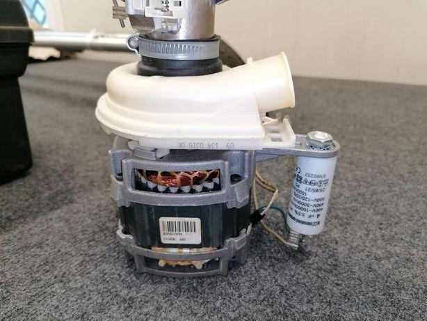 Pompa myjąca z turbiną WHIRLPOOL ADG8148/IX