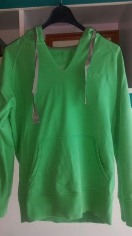 Sprzedam bluzę Lotto roz.M w kolorze zielonym