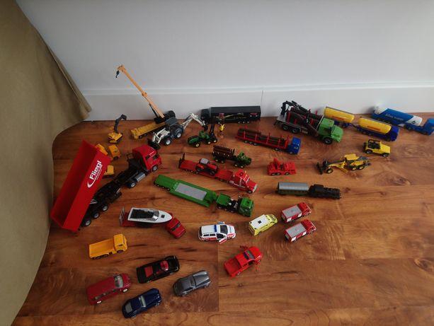 Zestaw 30 aut Siku Auta:ratownicze,budowlane,osobowe,rolnicze