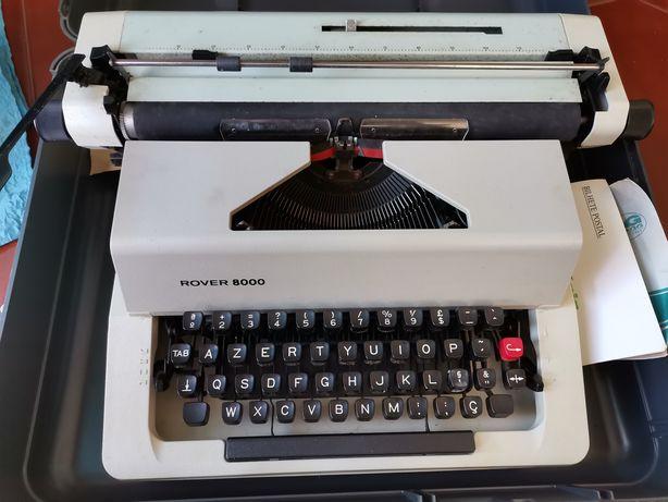 Máquina de Escrever Rover 8000