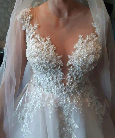Suknia ślubna, ozdoba na włosy, Kaledonia