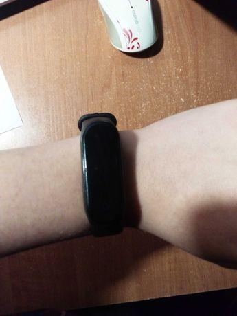 Продам смарт часы. Срочно