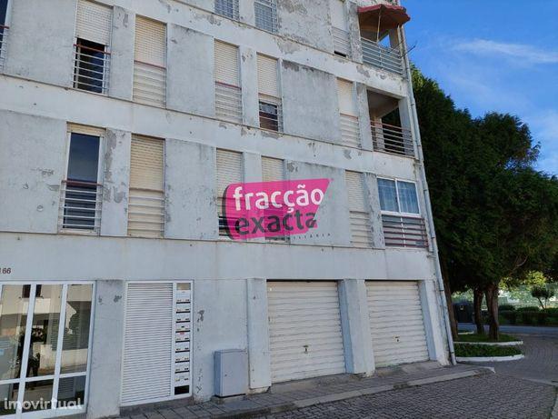 Apartamento T3 P/ Recuperar