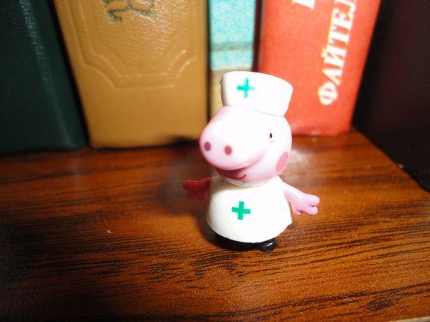 Свинка пепа. Игрушка киндер.