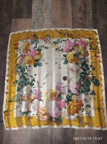 Шёлковый платок valentino