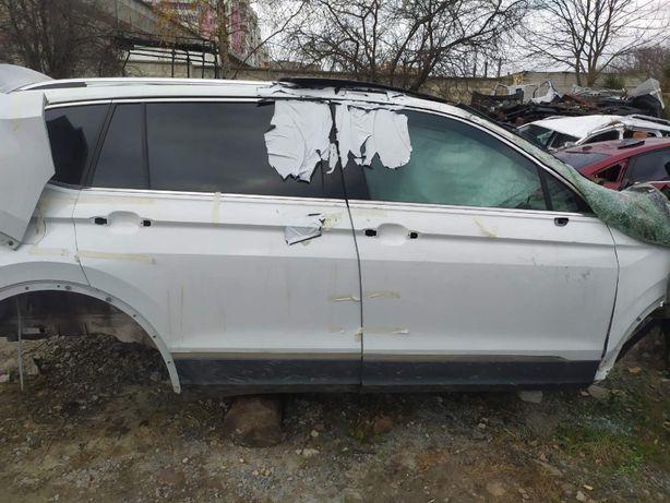 кузов четверть двері розборка USA VW Tiguan 18-