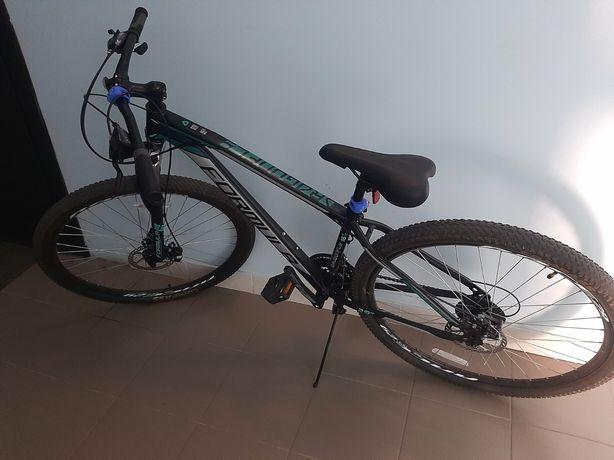 Продам велосипед спортивный со скоростями!Как новый!