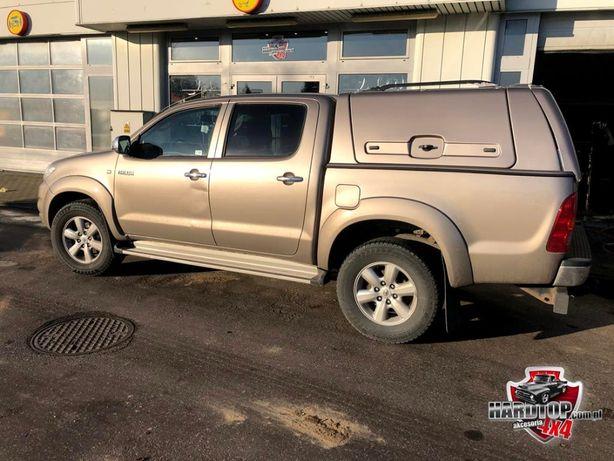 Toyota Hilux Hardtop zabudowa klapy boczne przemysłowa