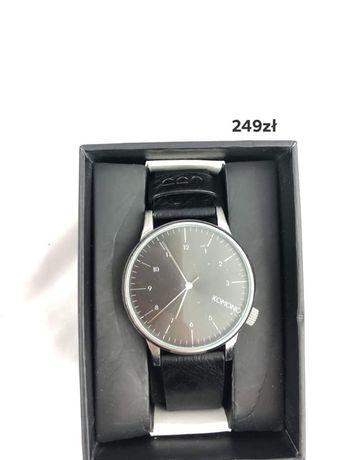 Czarny zegarek Komono