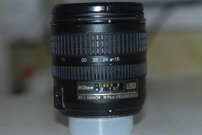 Nikon 18-70 f 3.5-4.5G ED