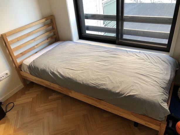Cama IKEA em pinho + Colchão
