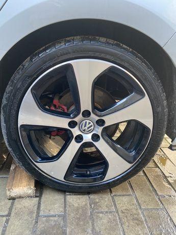Volkswagen GTI austin 18r 5/112 pirelli 225/40/18!