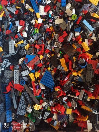 Лего LEGO  на вагу від оригіналу не відрізняється