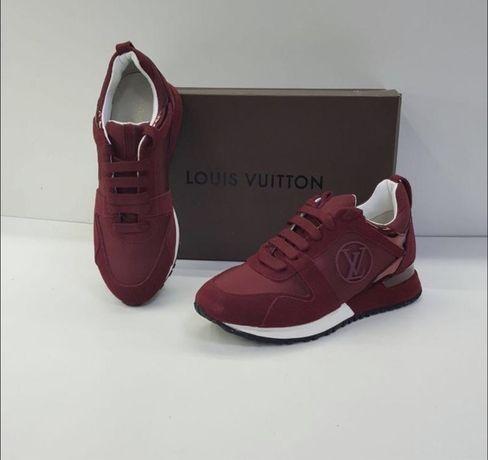 Красные кроссовки Louis Vuitton