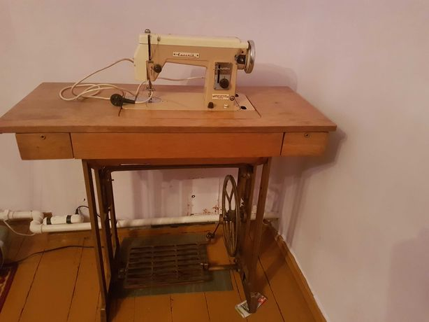 Maszyna do szycia Łucznik 414