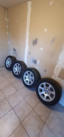 Felgi BMW styling 134 opony NOKIAN zima 225/55r16