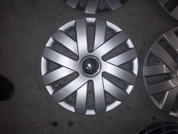 10. Kołpaki oryginalne VW POLO R15 na zatrzaski BARDZO ŁADNIE
