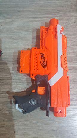 Pistolet- wyrzutnia Nerf