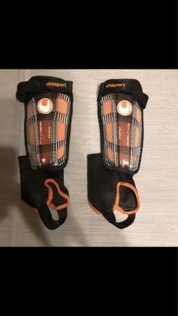 Ochraniacze sportowe na nogi Uhlsport [M]