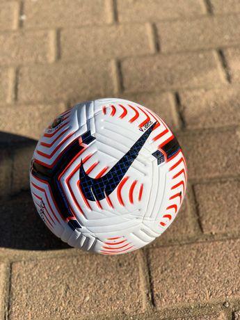 Футбольный мяч Nike Flight ball Adidas