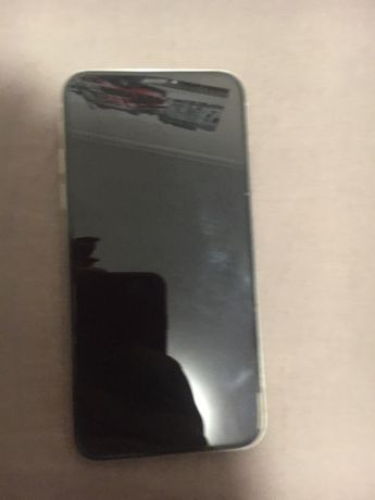 Продам айфон 10 на запчасти