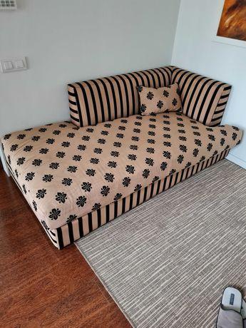 Sofá de canto em seda