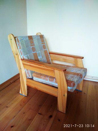 Sprzedam dwa fotele i ława-stolik