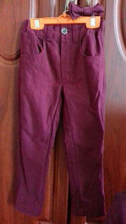 Брюки на мальчика как новые одевали 2-3 раза, возраст примерно 3-4 год