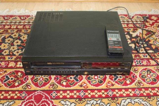 Magnetowid VHS ROYAL VCR-17 HQ tape recorde