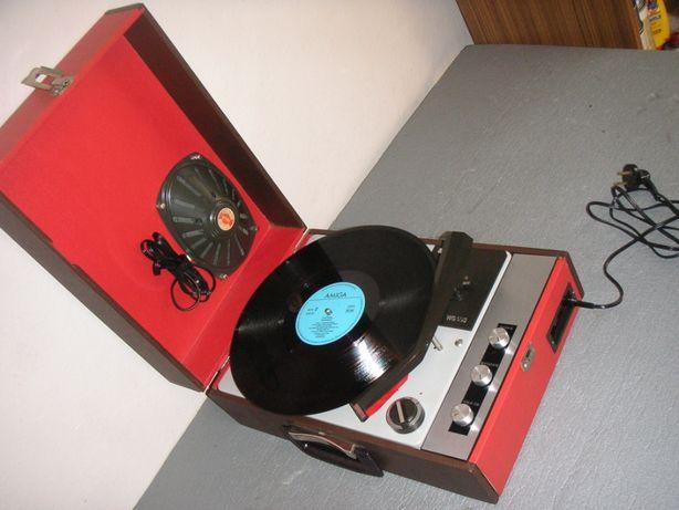 Gramofon Unitra Fonica WG 550 ze wzmacniaczem PRL
