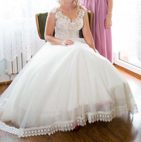 Piękna suknia ślubna r. 34/36